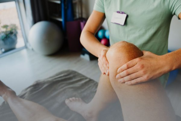 5 Frequent Questions About Knee Therapy and Rehabilitation
